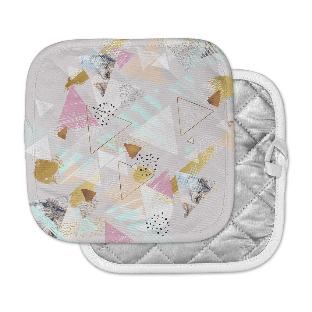 "Mmartabc ""Abstract Triangles Texture"" Multicolor Gray Digital Pot Holder"