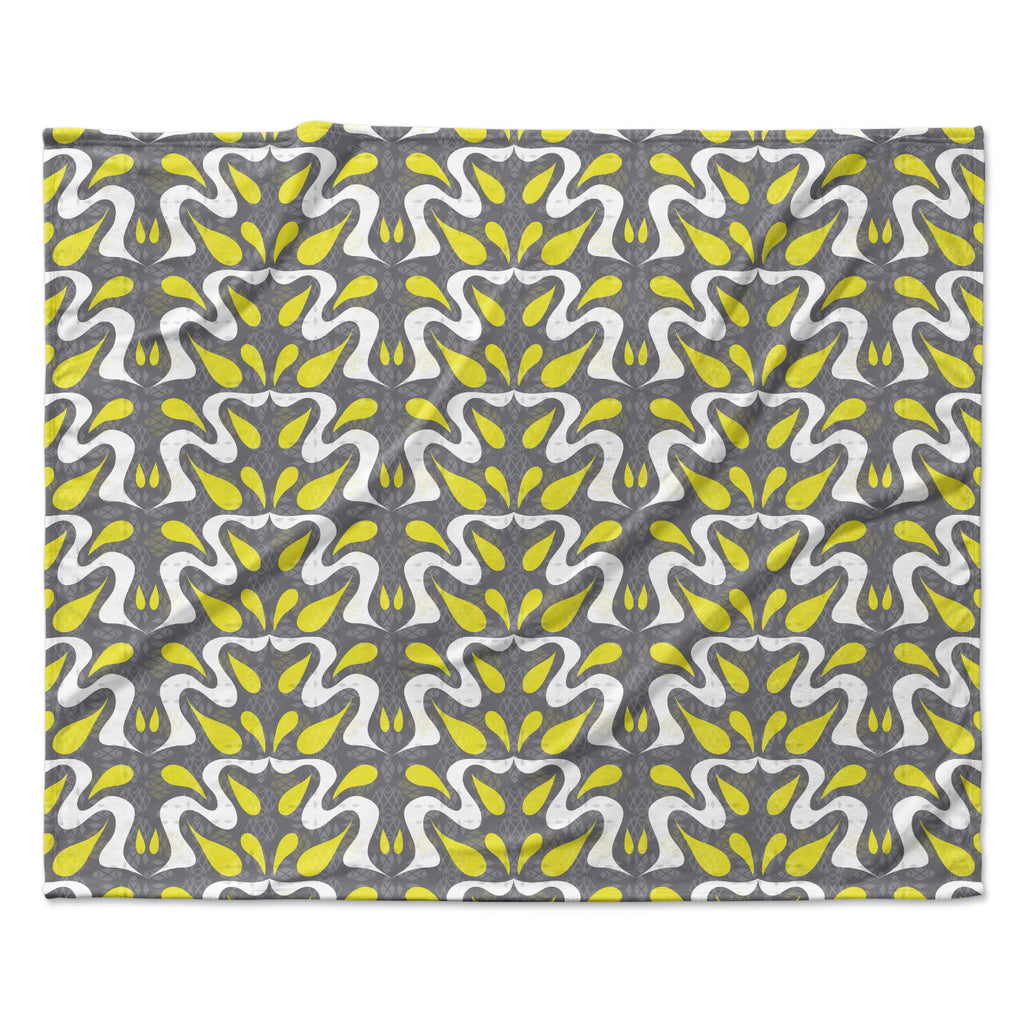 "Miranda Mol ""Cascade"" Fleece Throw Blanket"