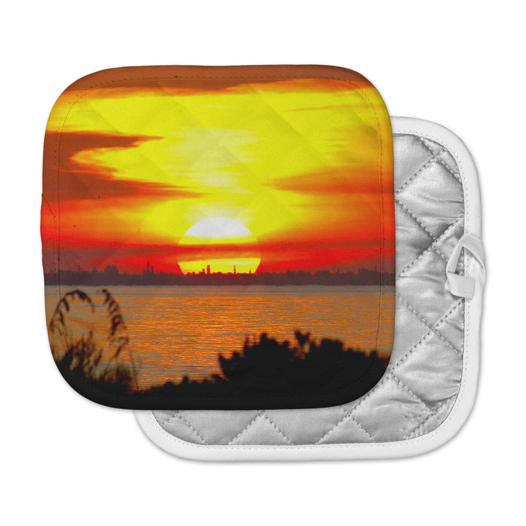 "Philip Brown ""Sunrise On Sanibel"" Coral Gold Pot Holder"