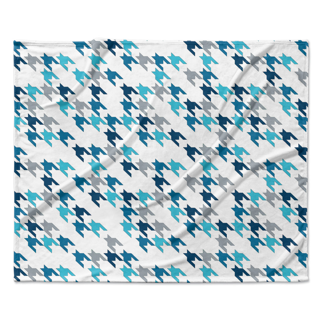 "Project M ""Blue Tooth"" Navy White Fleece Throw Blanket"