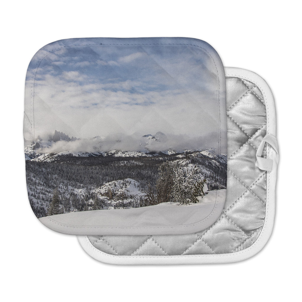 "Juan Paolo ""Top Of The Summit"" Blue White Pot Holder"