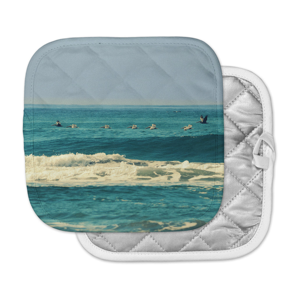 "Robin Dickinson ""Break Free & Soar"" Teal Ocean Wave Pot Holder"