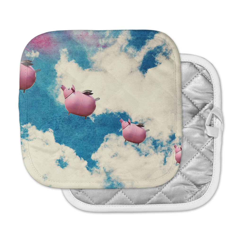 "Robin Dickinson ""When Pigs Fly"" Pink Blue Digital Pot Holder"