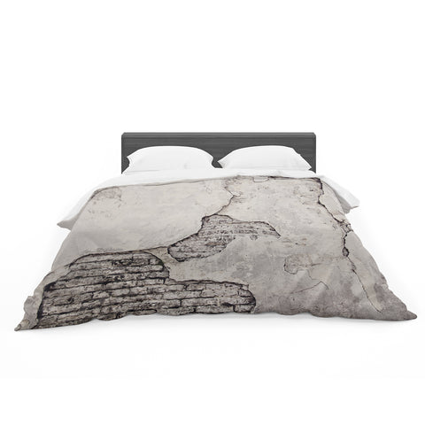 "Sylvia Cook ""crumbling wall"" Featherweight Duvet - Outlet Item"