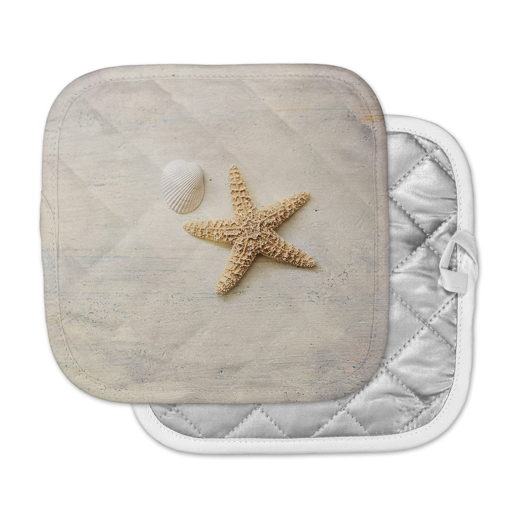 "Sylvia Cook ""Starfish And Shell"" Beige Yellow Pot Holder"