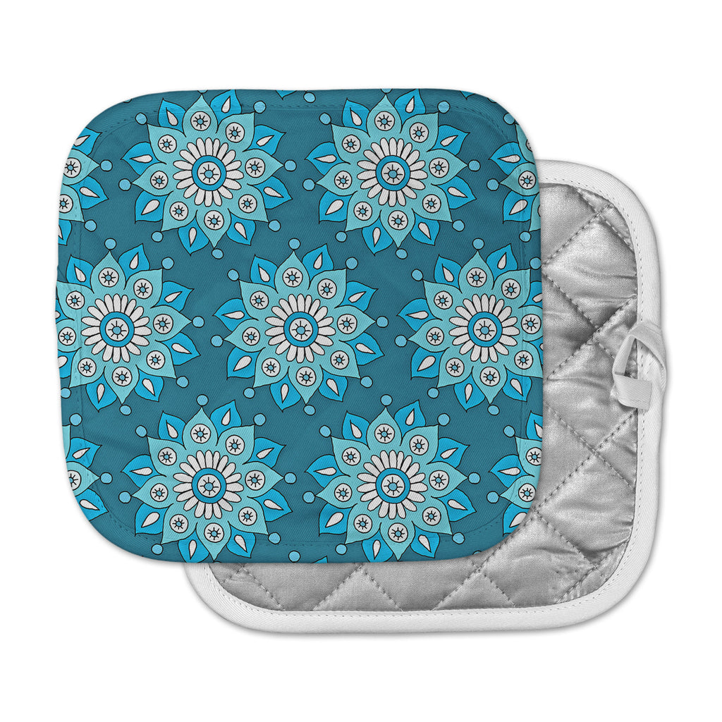 "Sarah Oelerich ""Blue Flower Burst"" Aqua Pot Holder"