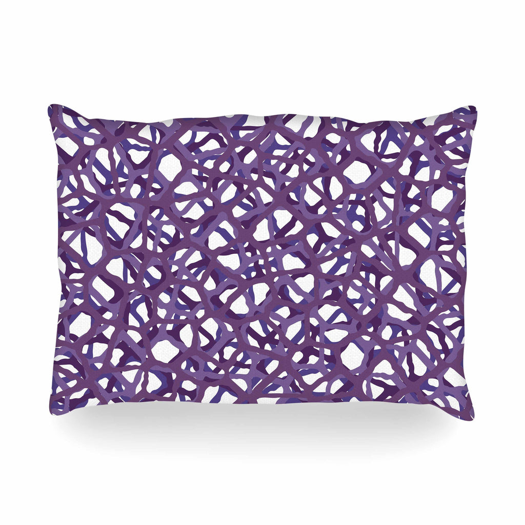 "Trebam ""Vino"" Purple White Modern Vector Oblong Pillow"