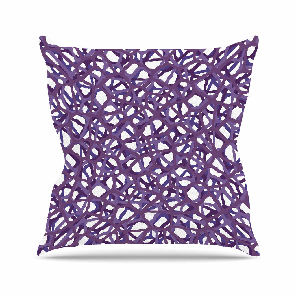 "Trebam ""Vino"" Purple White Modern Vector Outdoor Throw Pillow"