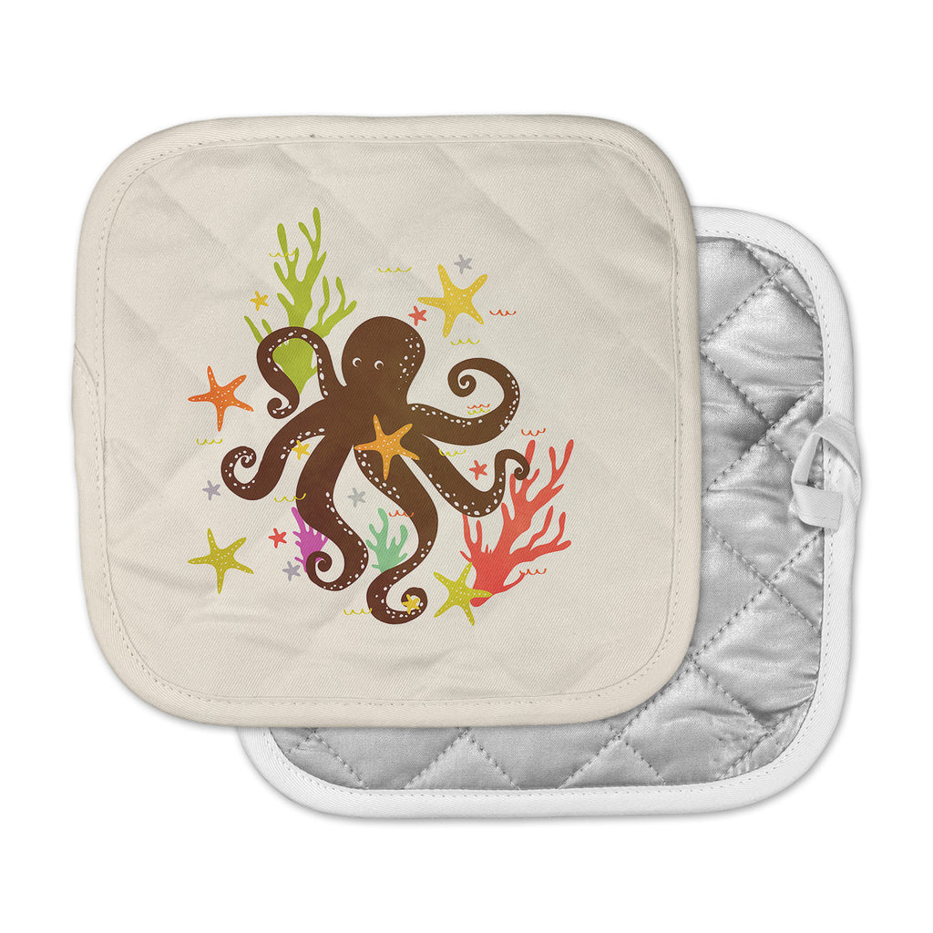 "Strawberringo ""Friends Around the Sea"" Octopus Tan Pot Holder"