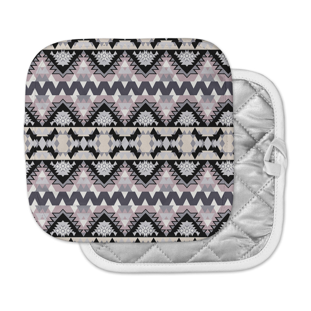 "Victoria Krupp ""Nordic Ice"" Black Pastel Digital Pot Holder"