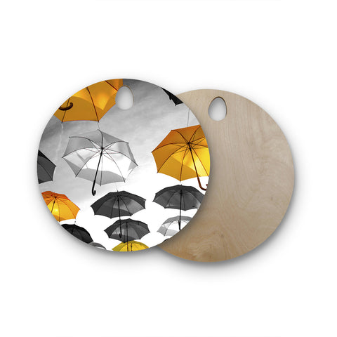 "888 Design ""Umbrellas"" Round Wooden Cutting Board"