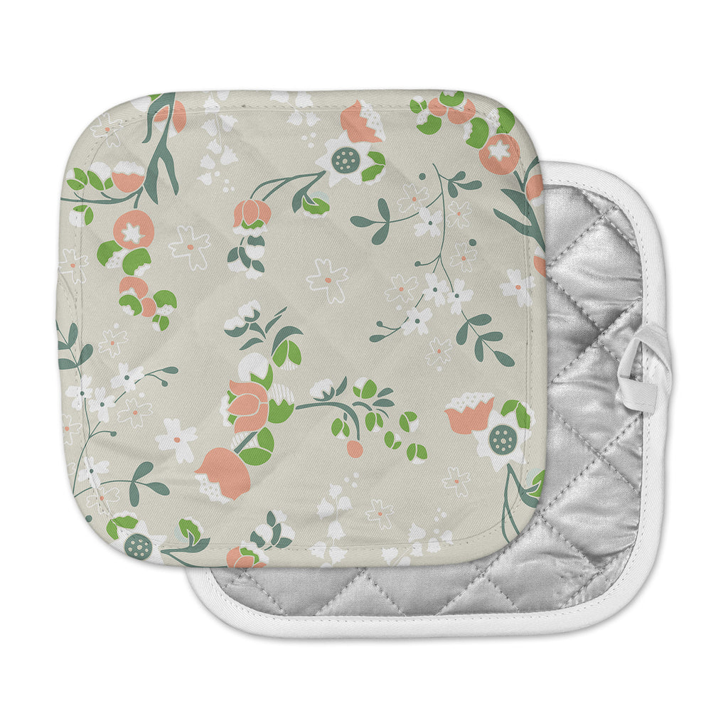 "Very Sarie ""Early Waking"" Green Floral Pot Holder"