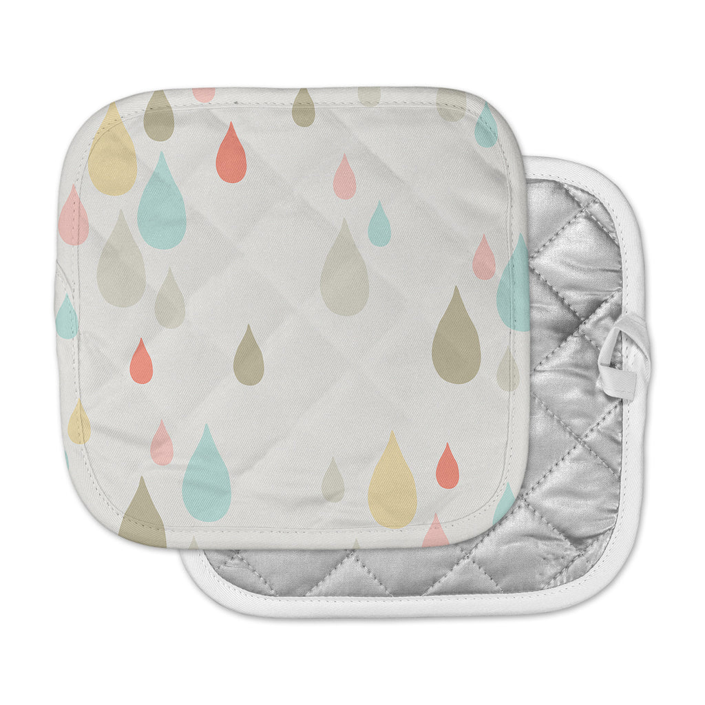 "Very Sarie ""Rainy Days"" Multicolor Rain Pot Holder"
