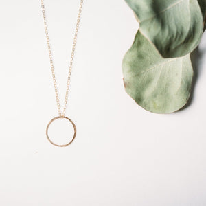 Keep It Simple Circle Necklace