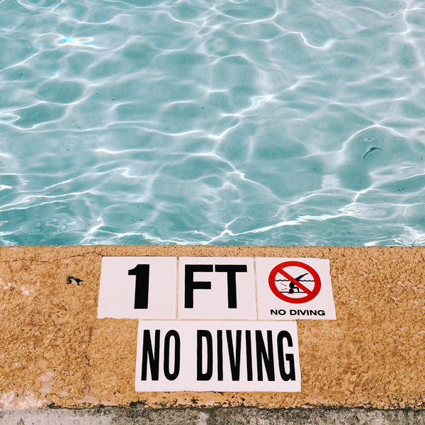 no diving 1 ft pool sign