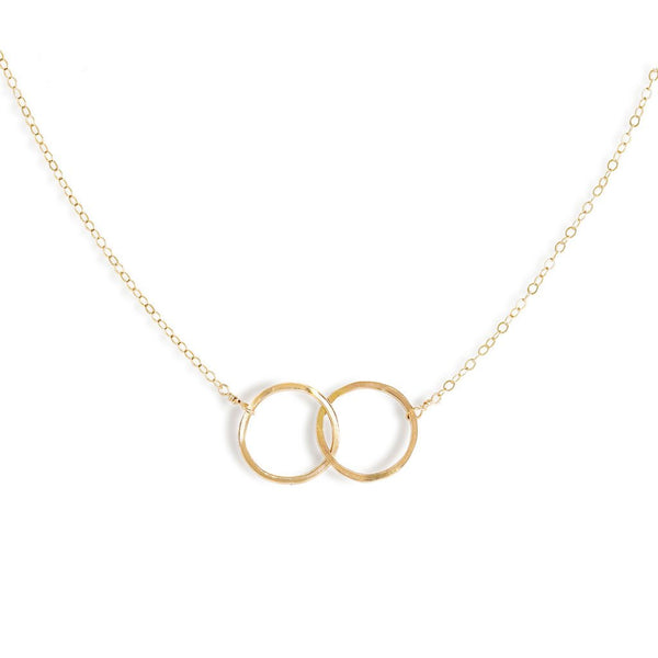 gold interlocking circle necklace