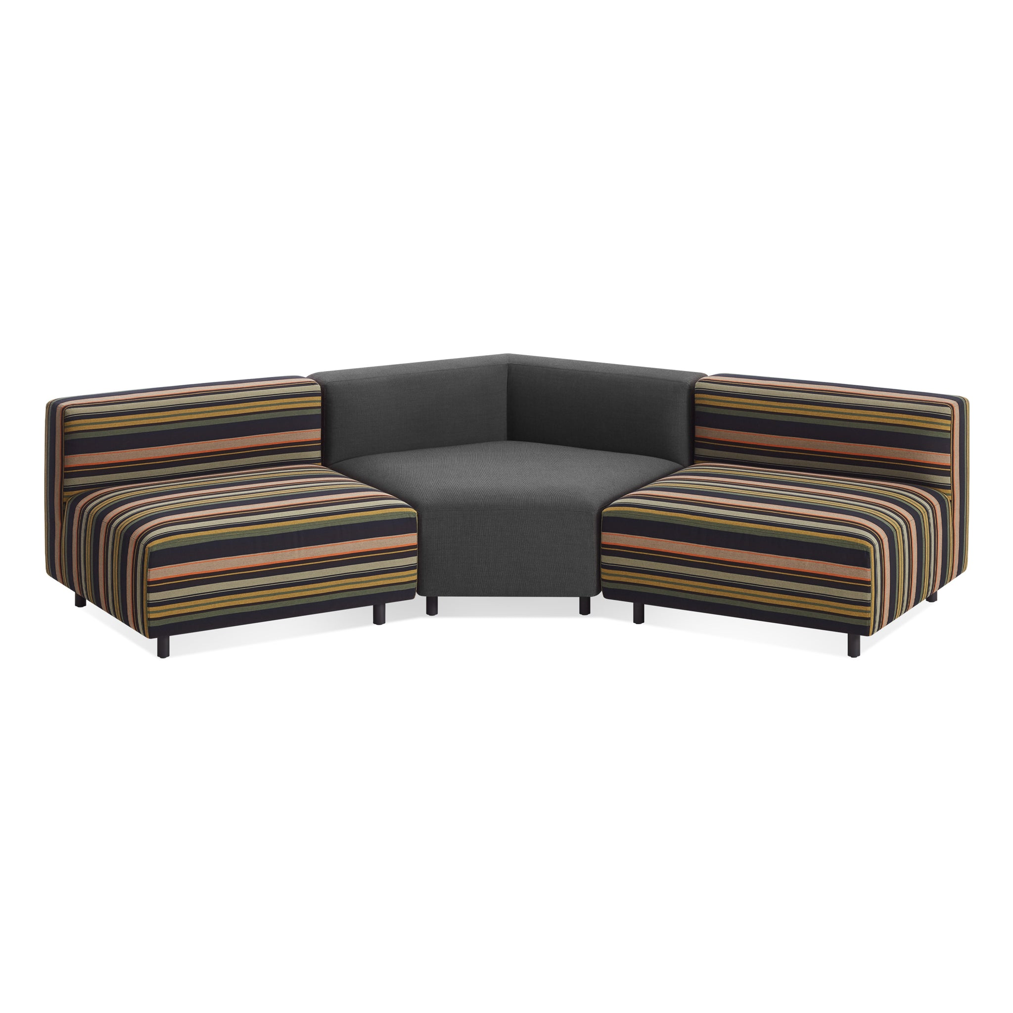 9 Yard Outdoor Angled Small Sectional