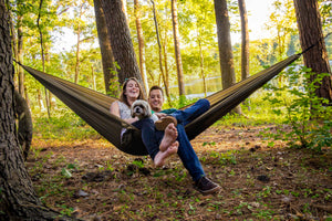 4 REASONS YOU SHOULD CAMP WITH A HAMMOCK