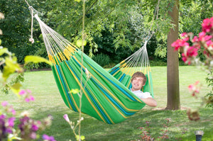 8 REASONS TO HAVE A HAMMOCK IN YOUR LIFE