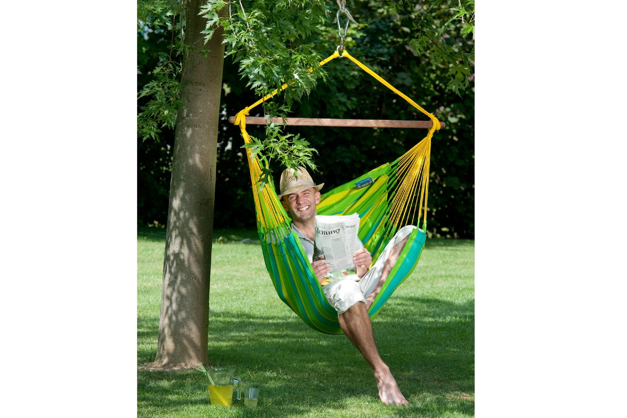 ADVANTAGES OF HAMMOCK CHAIRS