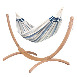Kingsize Classic Hammock light blue and white with Canoa wood stand caramel