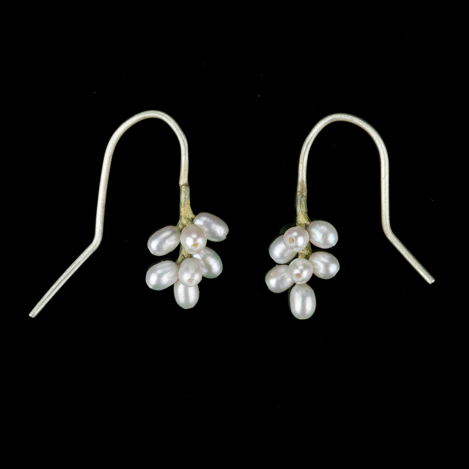Flowering Myrtle Earrings - Cluster
