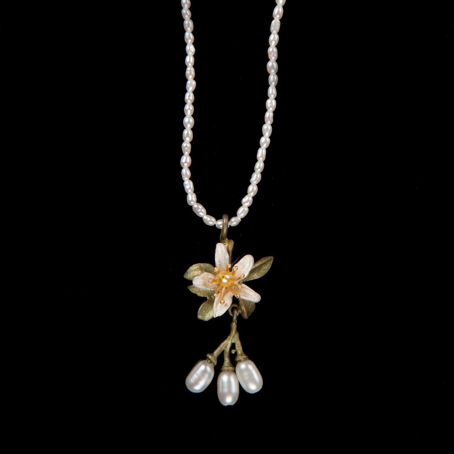 Orange Blossom Pendant - Flower Pearls