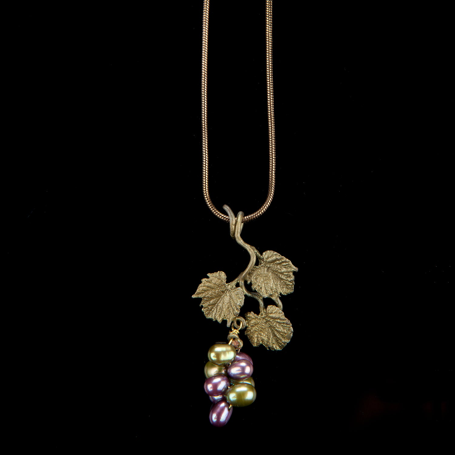 Grape Vines Pendant