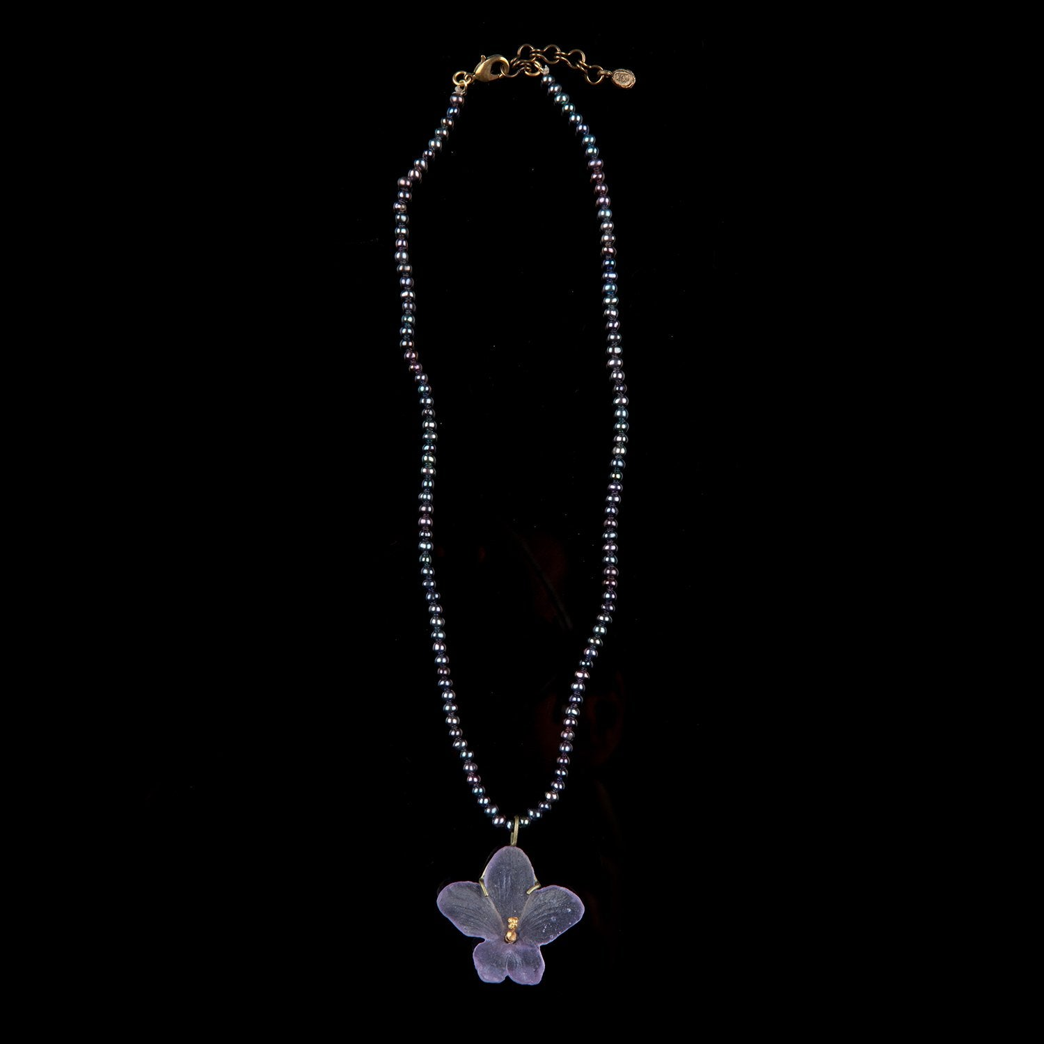 African Violet Pendant - Pearl