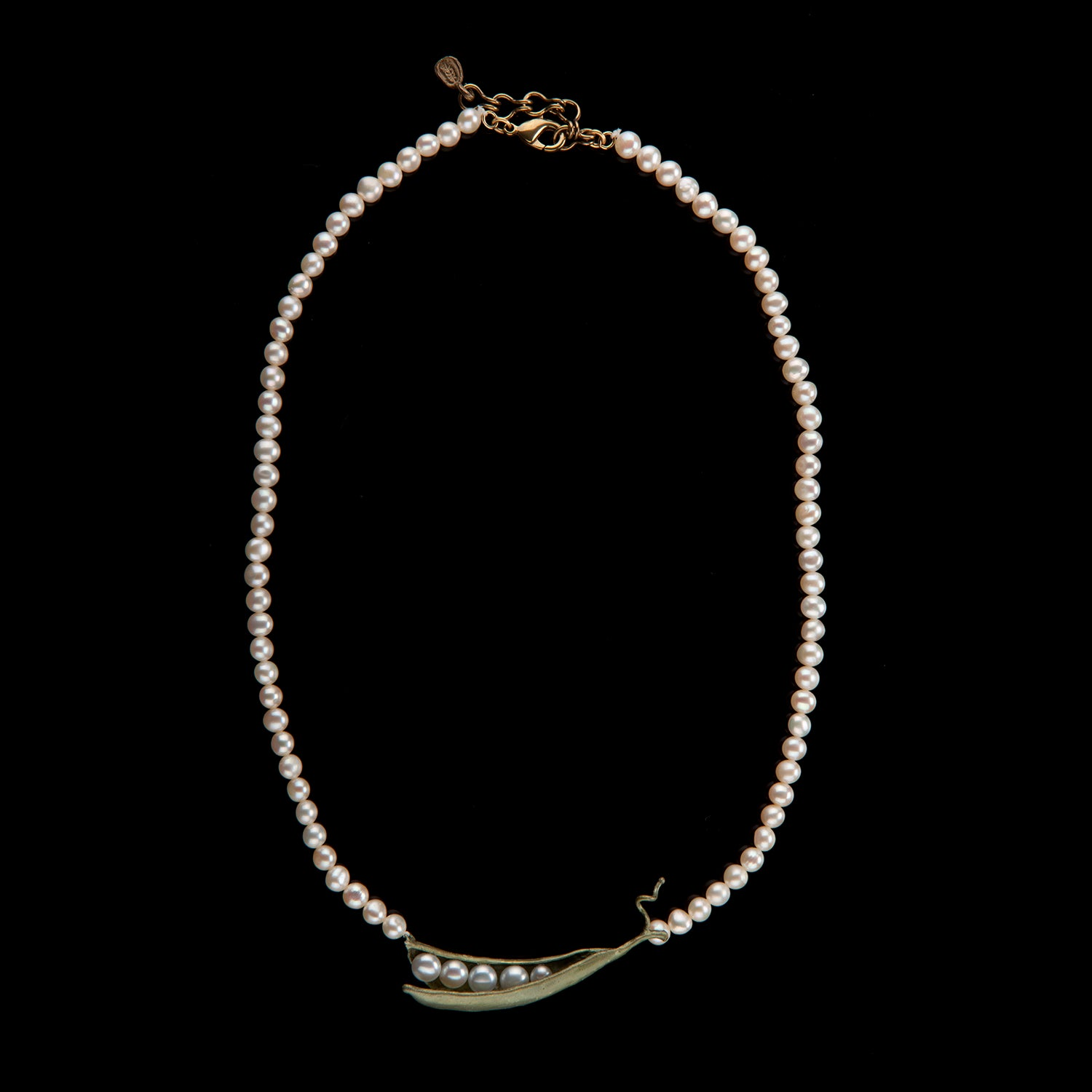 Pea Pod Necklace - Pearls