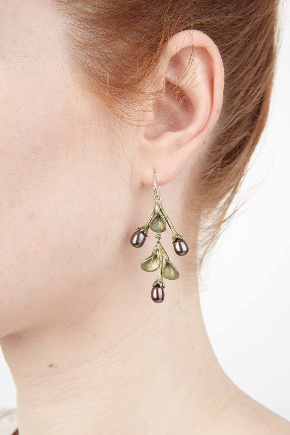 African Violet Earring - Leaf Wire