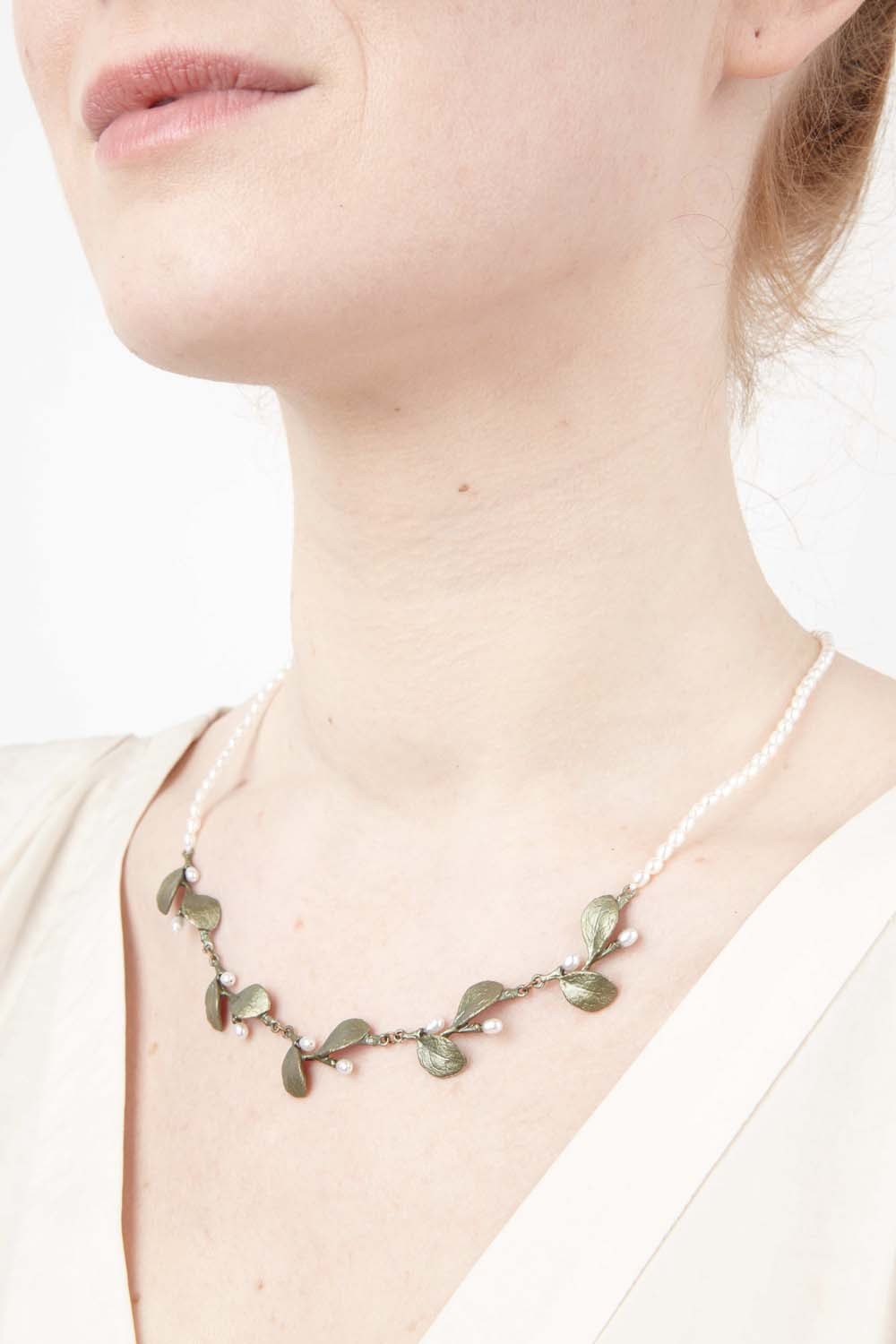Irish Thorn Necklace - Pearl Contour