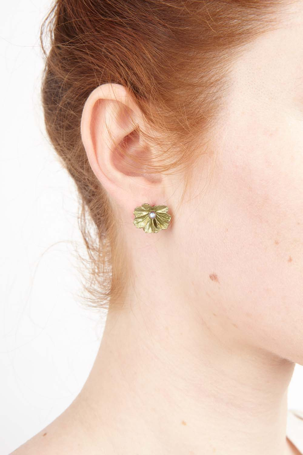 Lady's Mantle Earring - Post