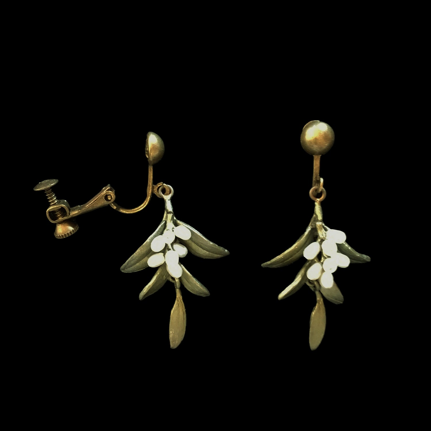 Flowering Myrtle Earrings - Screw Clip