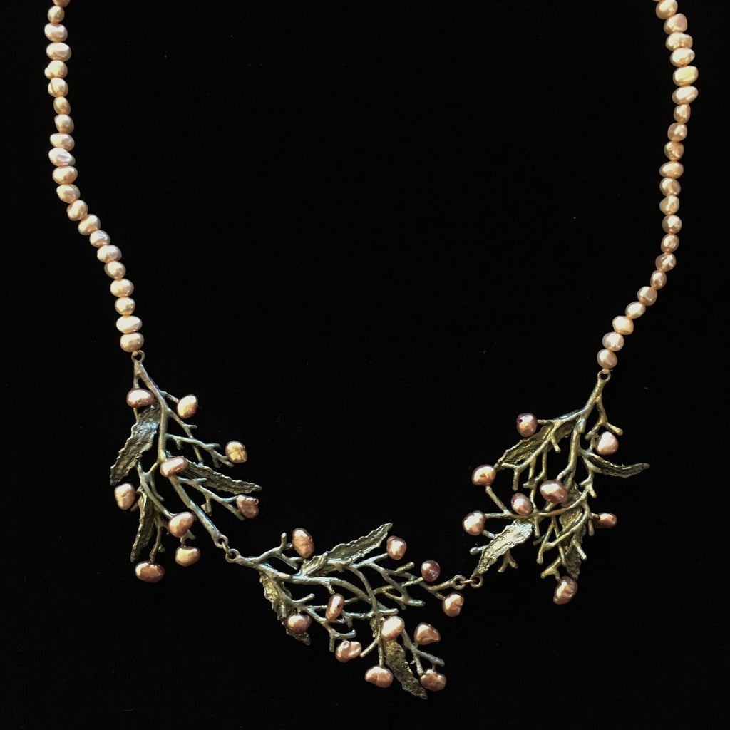 Seaweed Necklace - Pearl Contour