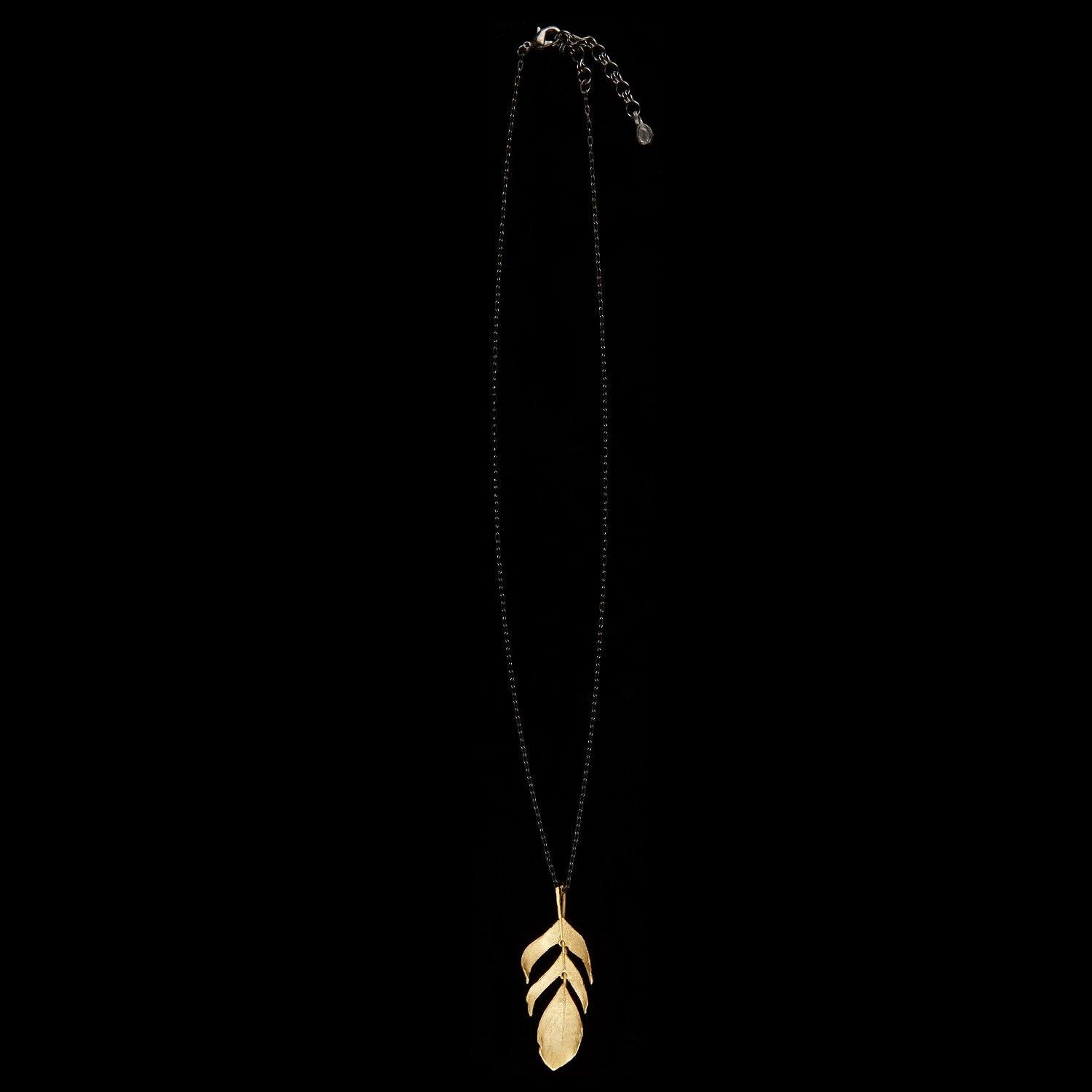 "Feather Pendant - 20"" Dangle Gold"