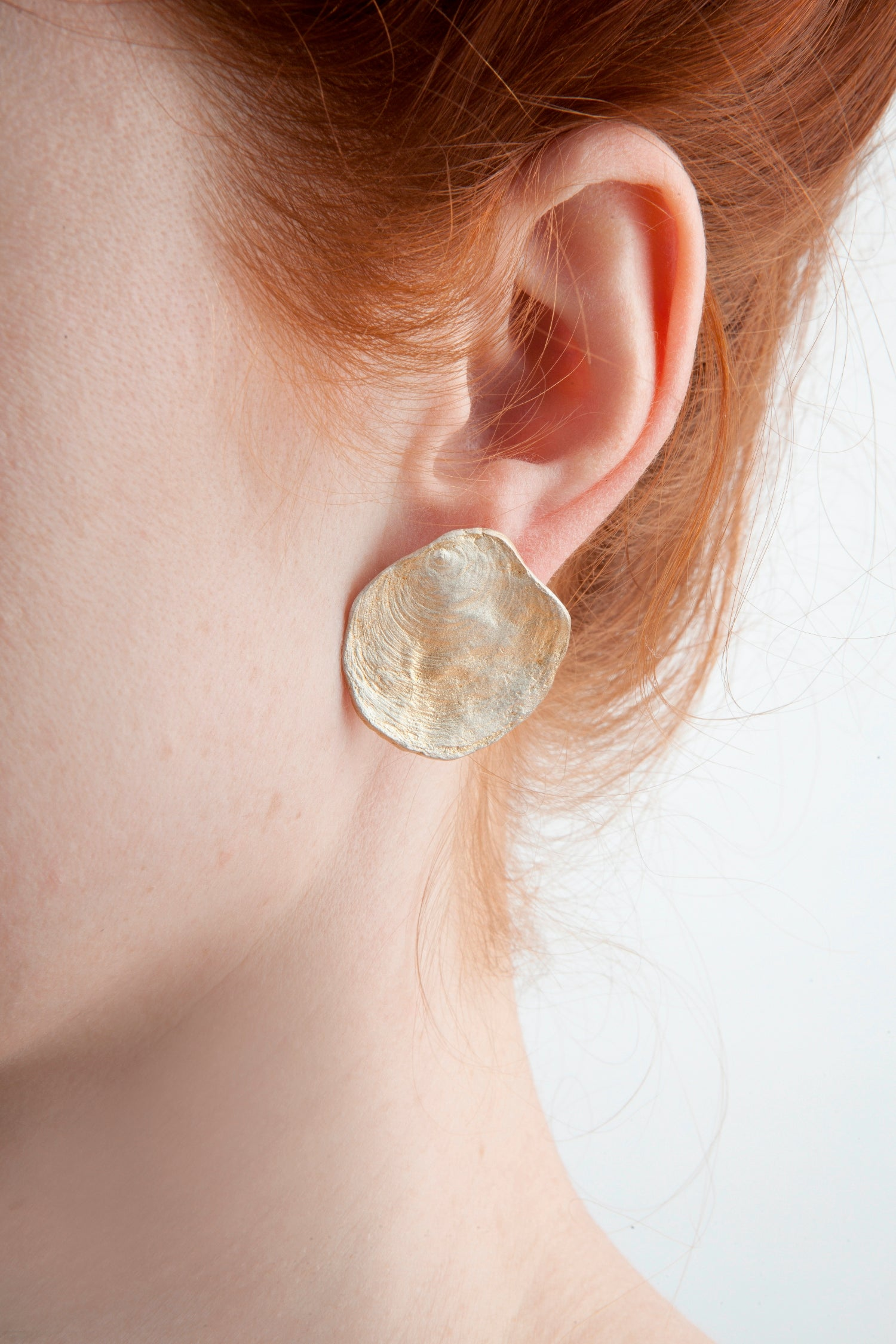 La Mer Earrings - Button Post