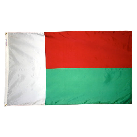 Madagascar Flag - ColorFastFlags | All the flags you'll ever need!