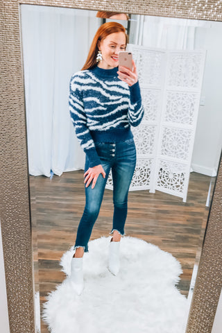 Eliza Fuzzy Patterned Sweater in Navy