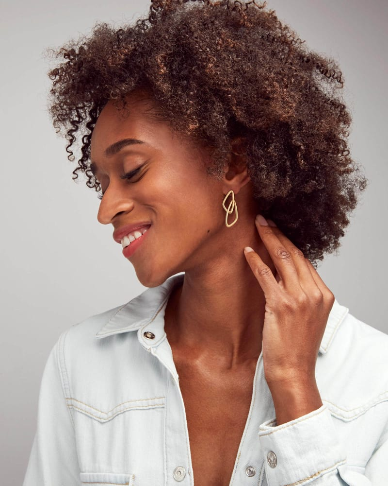 Kendra Scott Myles Drop Earrings in Gold