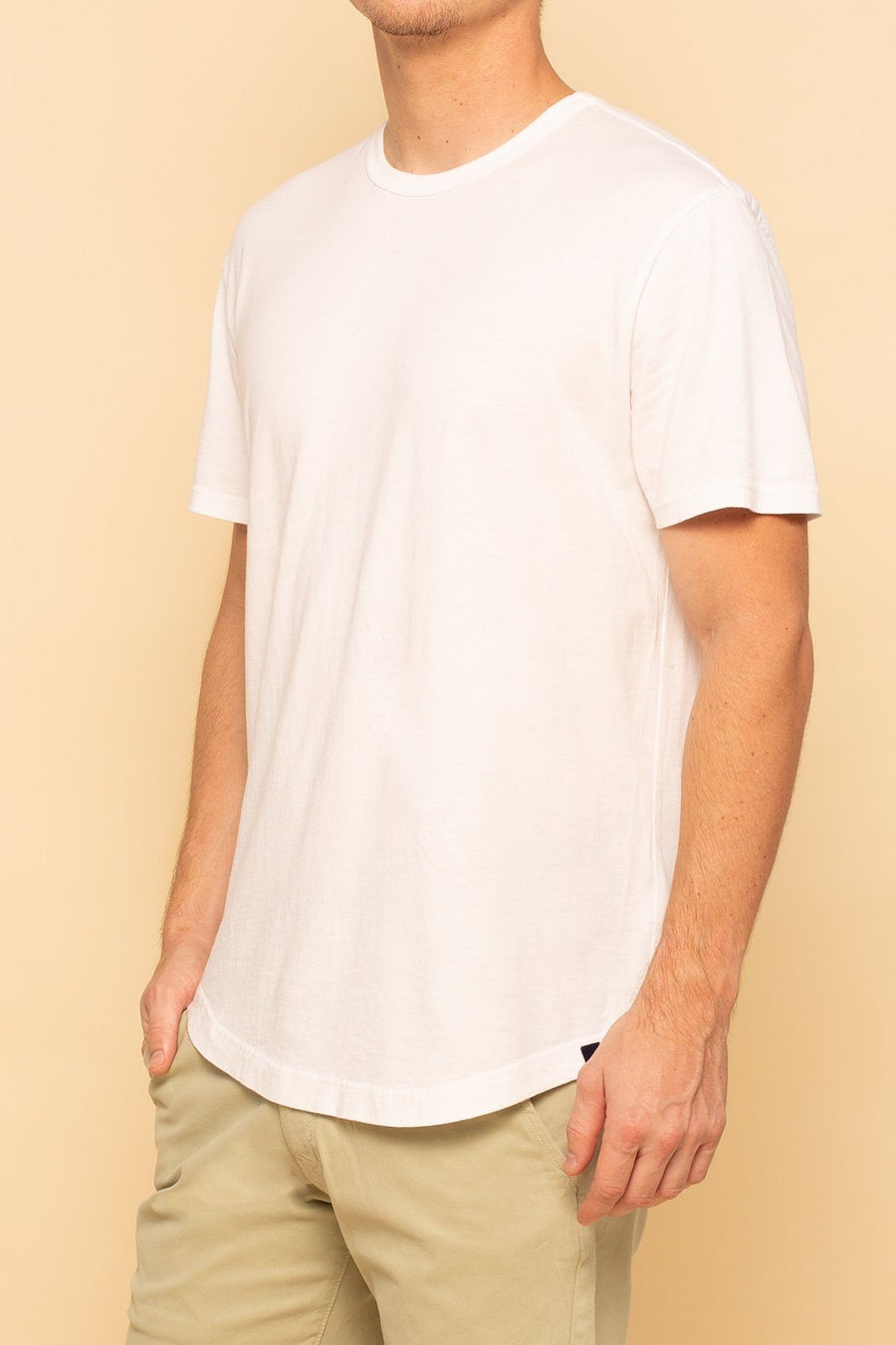 Short Sleeve Curve Hem Tee - White - Shore