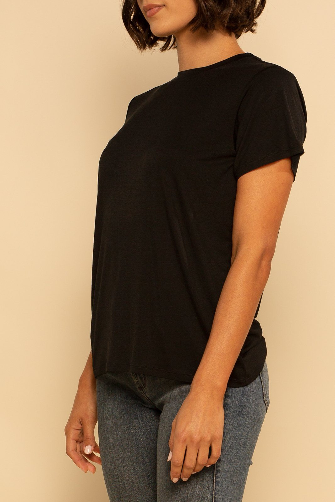 Solid Back Seam Tee - Black - Shore