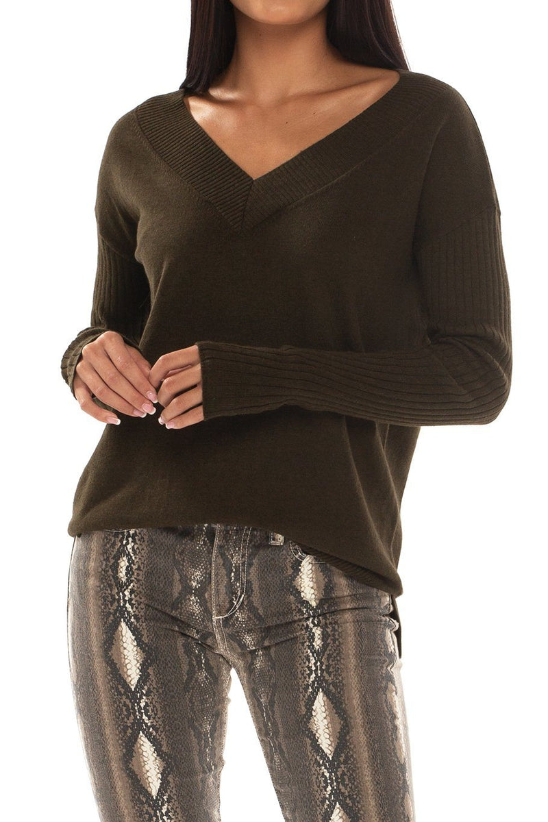Telluride V-Neck Classic Sweater - Spruce - Shore