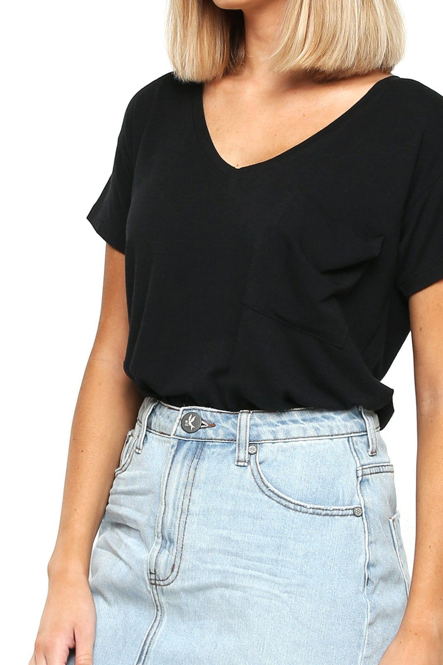 Women's Pocket Tee - Black - Shore