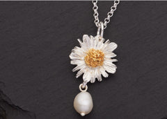 Daisy Pendant With Pearl Drop