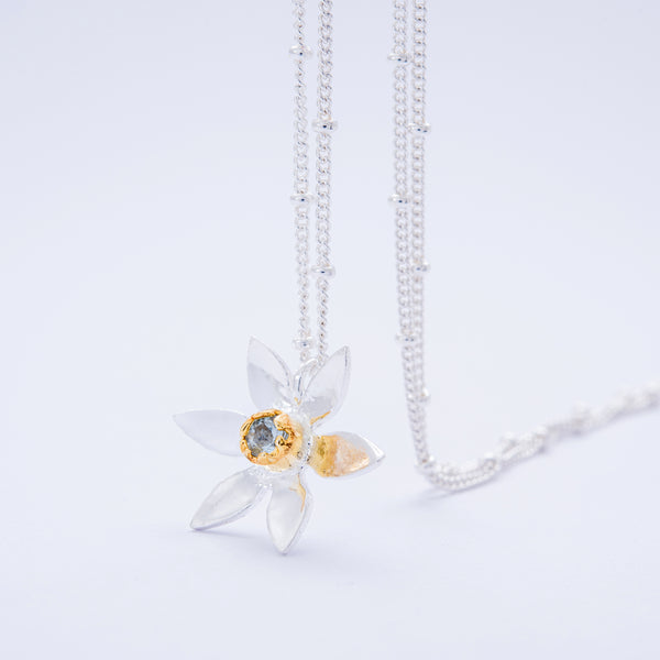 Daffodil Pendant With Aquamarine