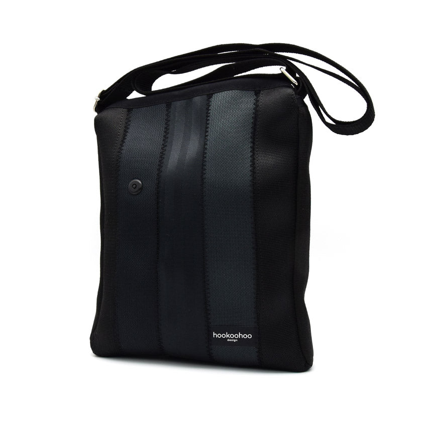 Hookoohoo design Pysty Shoulder black seat belt bag