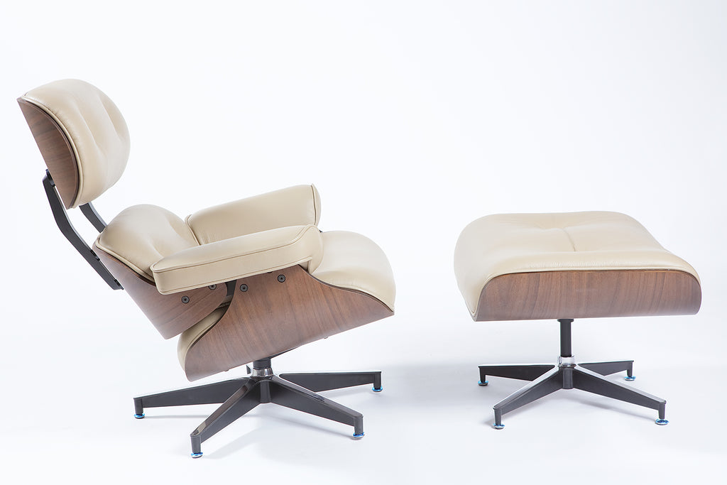 Charles Eames Lounge Stoel.Charles Eames Lounge Chair Sand Natural Leather