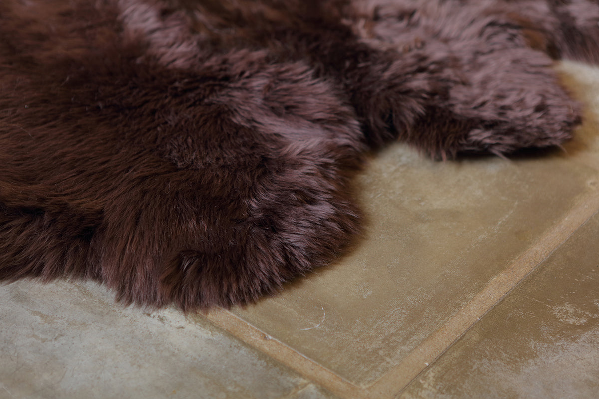 Quad Sheepskin Rug - Brown Chocolate -  (3.5´ x 6.5´ )