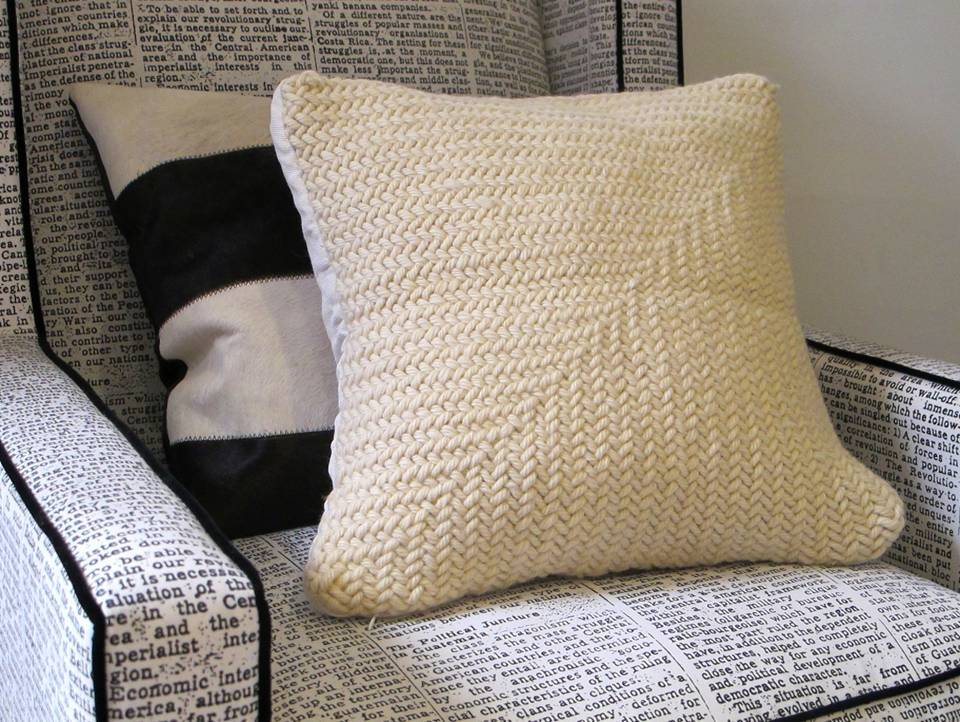 Zag Wool Pillow